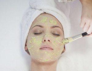۲ ماسک موثر برای درمان جوش و آکنه
