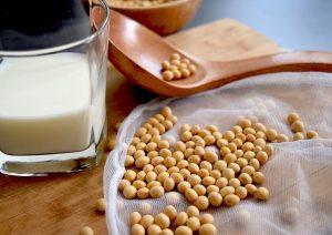 کالری و جدول ارزش غذایی سویا