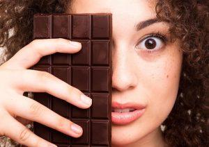 کالری و جدول ارزش غذایی شکلات تلخ