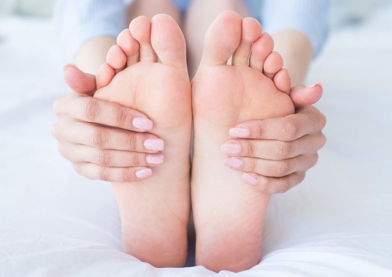 مراقبت از پاها؛ چگونه سلامت و زیبایی پاهایمان را حفظ کنیم؟