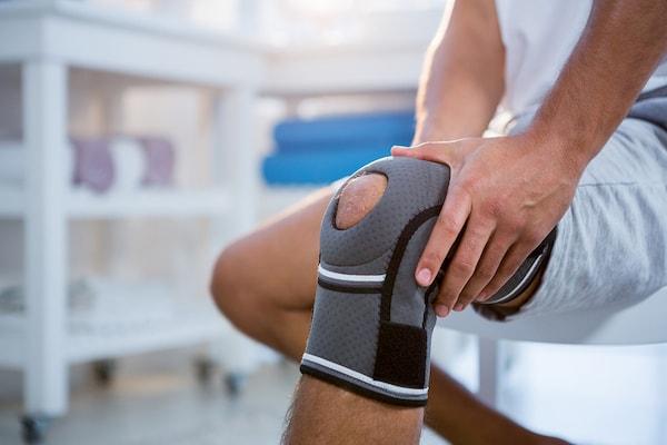 علل درد زانو و روش های موثر درمان خانگی آن