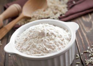 طرز تهیه ماسک آرد برنج با ۵ روش ساده و سریع