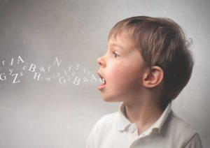 لکنت زبان در کودکان و هر آنچه باید درباره آن بدانید