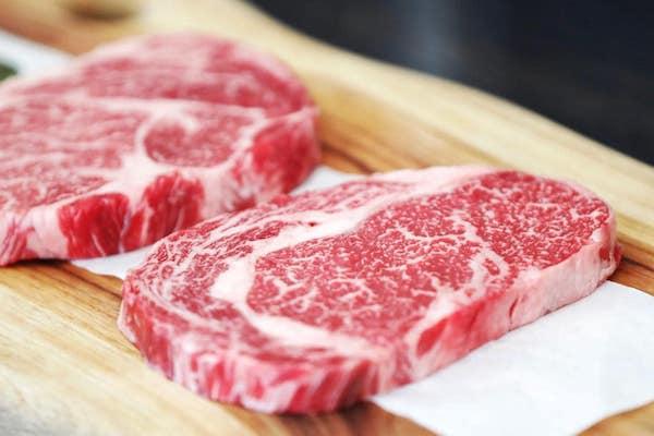 خوردن گوشت خوب است یا بد؟
