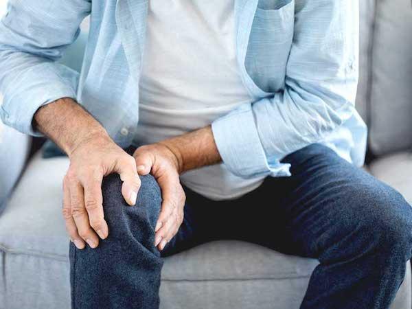 آرتروز چیست؟ علائم، دلایل، راه های درمان و پیشگیری