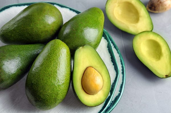 این مواد غذایی را به هیچ عنوان قبل از بدنسازی نخورید