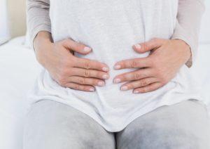 ۸ درمان موثر خانگی نفخ برای خلاص شدن از شر آن