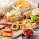 این مواد غذایی باعث اسهال می شوند و نباید در مصرفشان زیاده روی کنید