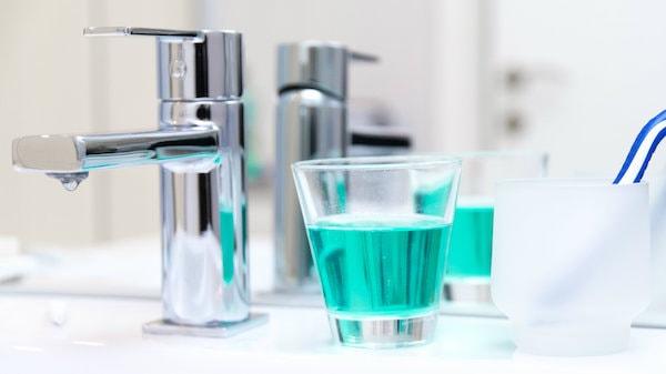 ۲۰ روش متفاوت برای استفاده از دهانشویه که تا کنون نمی دانستید