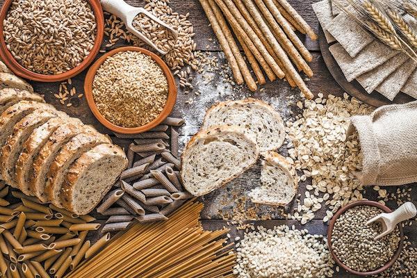 رژیم غذایی دوران یائسگی چیست و چگونه می توان علائم یائسگی را کاهش داد