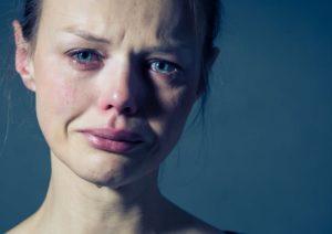 آیا گریه کردن در عادت ماهانه طبیعی است؟