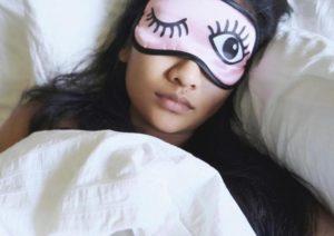 چگونه کمتر بخوابیم؛ ۱۸ راهکار برای بهتر خوابیدن
