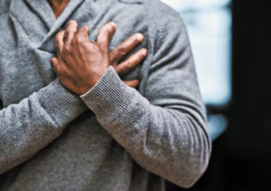 تمام علت های درد سینه که لازم است از آن ها اطلاع داشته باشید