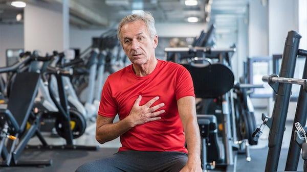 تمام علت های درد سینه که لازم از آن ها اطلاع داشته باشید
