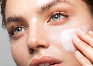 ماسک خیار و گلاب معجزه ای برای پوست