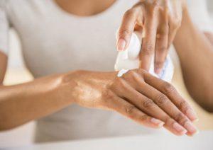 پوسته پوسته شدن پوست چرا اتفاق می افتد و چگونه درمان می شود؟