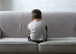 علائم افسردگی در کودکان و نحوه غلبه بر آن