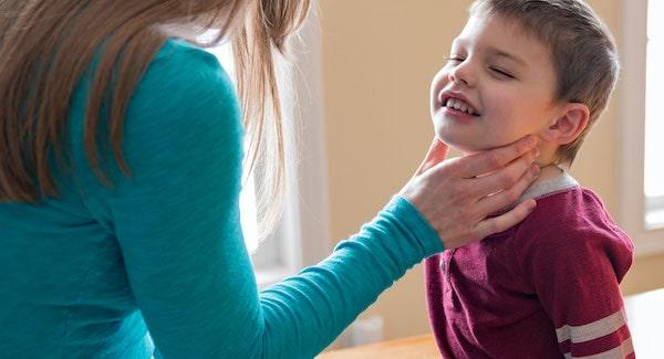 علائم بیماری تیروئید در کودکان