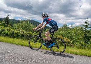 دوچرخه سواری یا دویدن؟  کدام برای کاهش وزن بهتر است؟