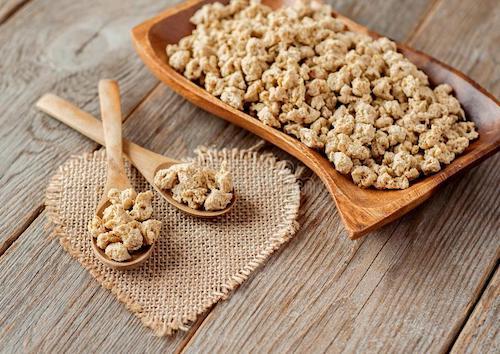 پروتئین سویا چه فواید و مضراتی برای سلامتی دارد؟