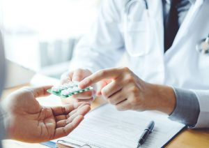 سیکلوبنزاپرین یا فلکسریل چیست؟ عوارض، موارد مصرف، هشدارها و مقدار مصرف