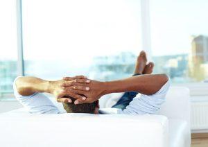۵ کاری که نباید در روز استراحت بدنسازی انجام دهید