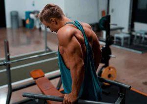 ۱۰ اصل عضله سازی که باید یاد بگیرید