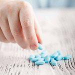 ناپروکسن چیست؟ موارد و میزان مصرف، عوارض، تداخلات و هشدارها