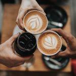 کاهش خطر ابتلا به کرونا با نوشیدن یک فنجان قهوه در روز